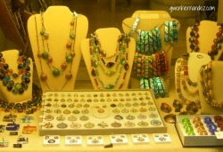 Venice jewelry store display